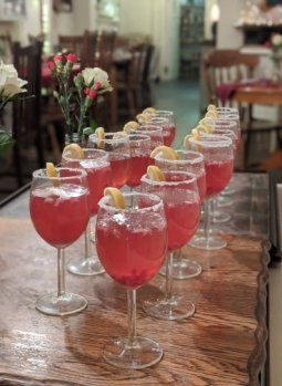 To kick off the night, guests were beckoned into the gorgeous vintage venue with a welcome mocktail - fresh pomegranate fizz!